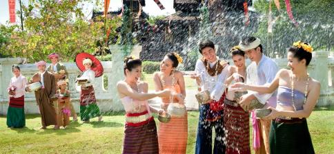 Lễ hội té nước Songkran, Thái Lan