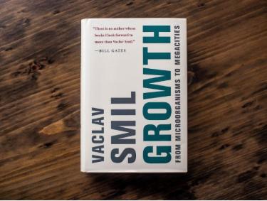 """Cuốn sách """"Growth"""" - Vaclav Smil"""